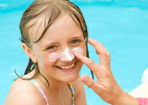 Sun shade and sunscreen should be your friends in the sun!